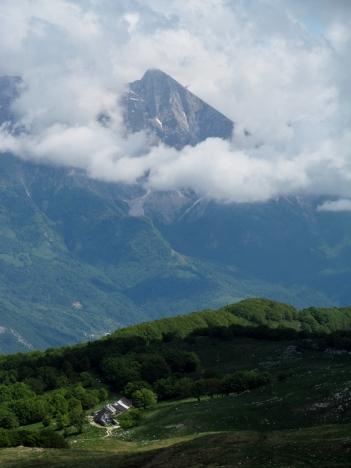 Pogled nad planino Božco na Krn 16.05.2015